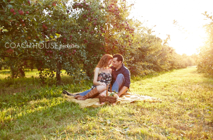 Chicago Engagement, Chicago Wedding Photographer, Coach House Pictures, Apple Orchard Engagement, Midwest Farm engagement,